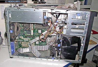 Серевер, оборудованный дисками SCSI