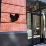 Twitter заблокировал аккаунты властей Саудовской Аравии
