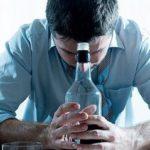 Выведение из запоя на дому: особенности процедуры