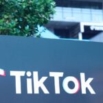 TikTok обогнал Facebook по популярности в России